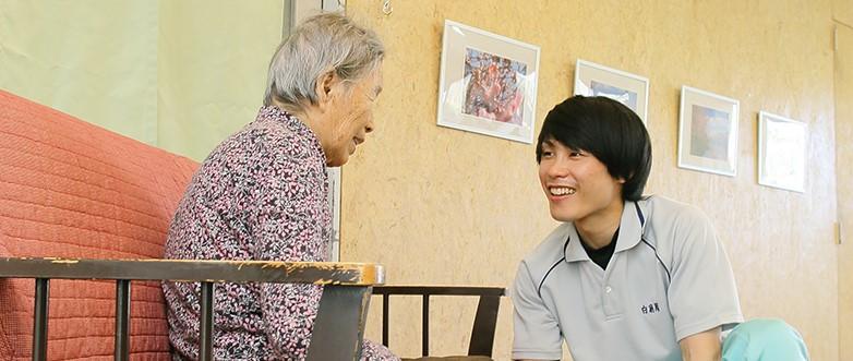 介護の経験がなくても、サポート制度が充実しているので安心です。